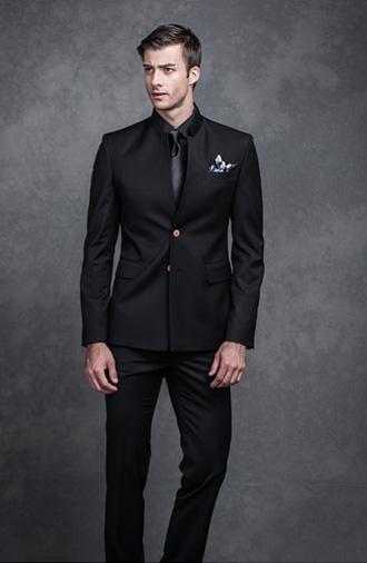 全新《时尚·黑色》系列